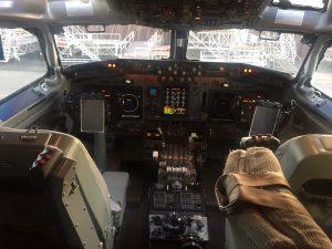 De cockpit van een Awacs toestel Business Platform Limburg